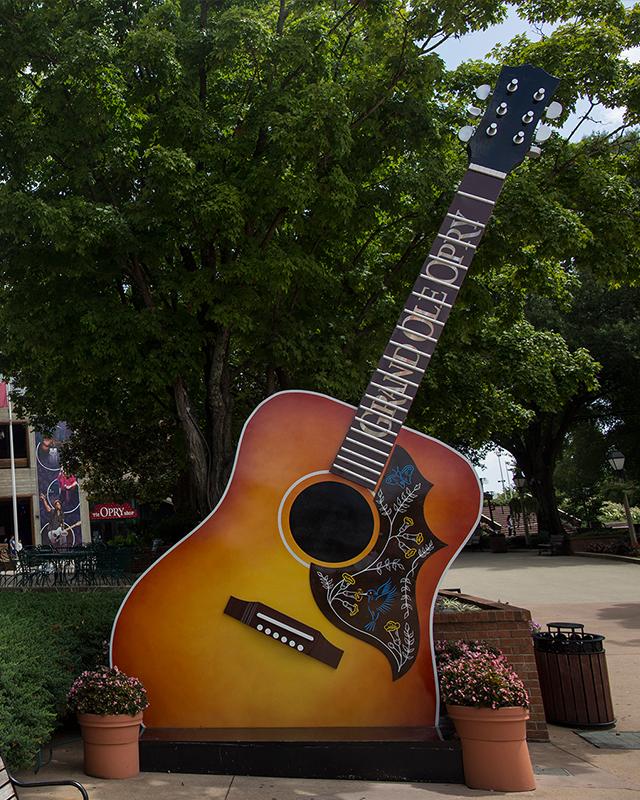 Big Grand Ole Opry Guitar