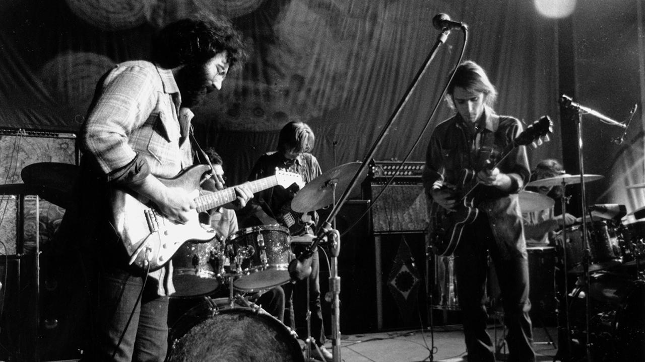 the history of a band the grateful dead Dead to the core the crux of the grateful dead's musical identity was the band's willingness to constantly experiment no song was ever played the same way twice.